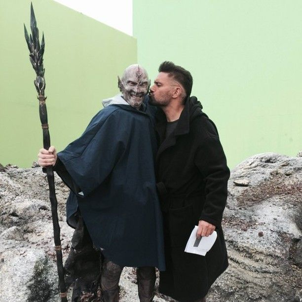 On screen enemies make for the best of friends behind the camera. Manu Bennett (Allanon) and Jed Brophy (Dagda Mor) behind the scenes :)