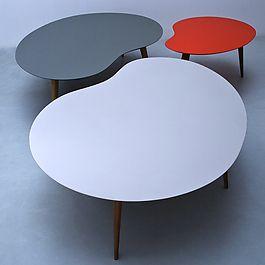Table basse Lalinde forme libre - plateau MDF laqué ou teck - pieds chêne - jaune/bleu/rouge/gris/gris clair/teck - de 63cm à 130cm - de 190€ à 850€ - sentou.fr