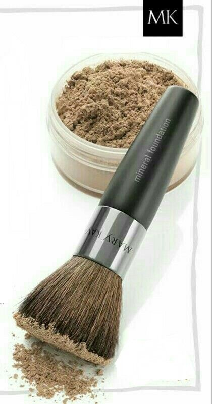 Seal your makeup with MK Mineral Powder to ensure your application stays in place.  MK Mineral Powder gives you that smooth porcelain doll look! Love Mu MK  Inner Beauty~ www.marykay.ca/Jtlg