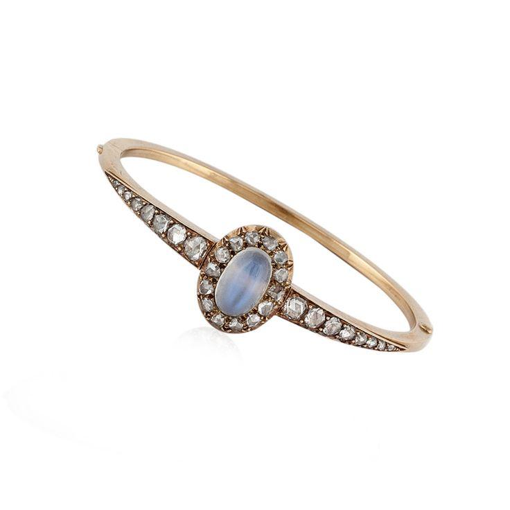 JDGEMSTONE Love Heart Ocean Blue Crystal Tennis Bracelet for Women Sapphire&Clear Birthstone Bangle Phyj5q3