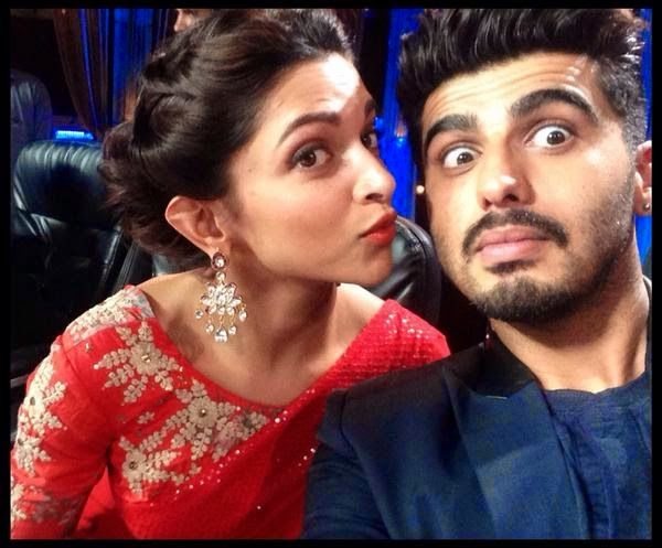 Arjun and Deepika shares a funny selfie