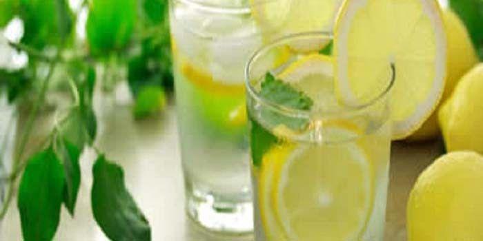 Citroen sap in plaats van pillen, als u één van deze 14 problemen hebt. Een glas citroen met warm water, eerste ding in de ochtend op een lege maag is zeer gunstig op verschillende manieren. Citroe…