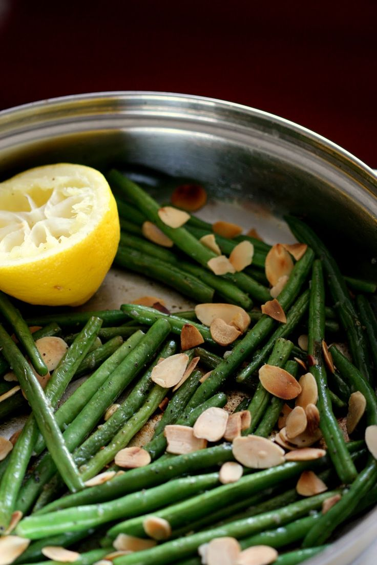 Sautéed Green Beans with Lemon and Almonds