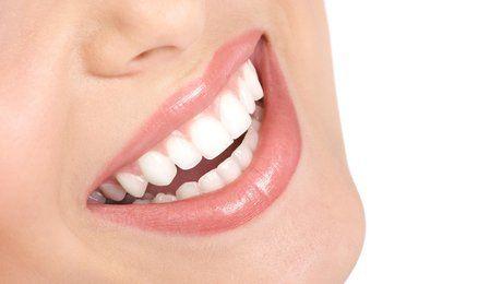 Huiles essentielles: avoir les dents blanches