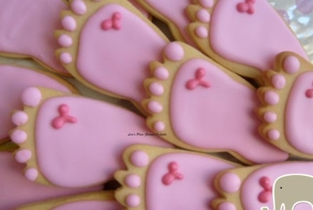 Foot print ginger biscuits pink, blue or yellow!