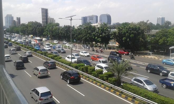 Covesia.com - Badan Meteorologi, Klimatologi dan Geofisika (BMKG) memprediksi pada hari ini sebagian besar wilayah Jakarta akan cerah berawan sementara hujan...