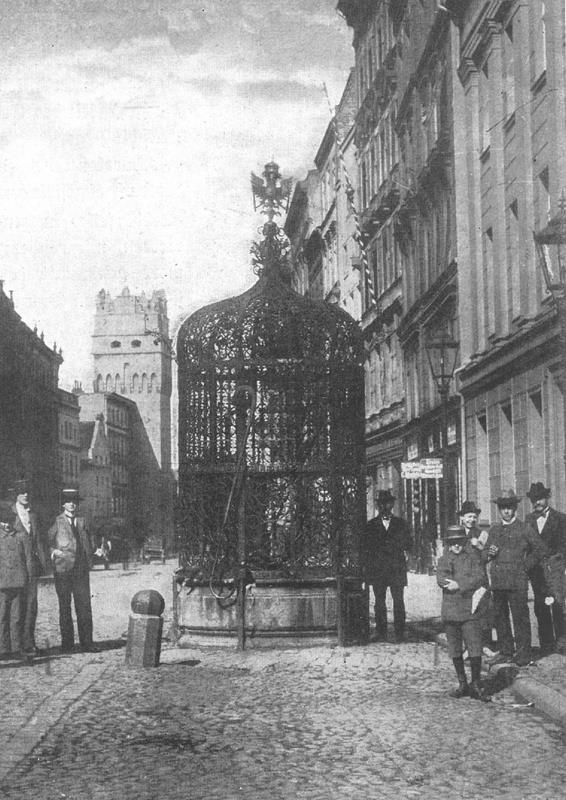 Beautiful Well in Nysa, now in Poland (photo 1900-1925)