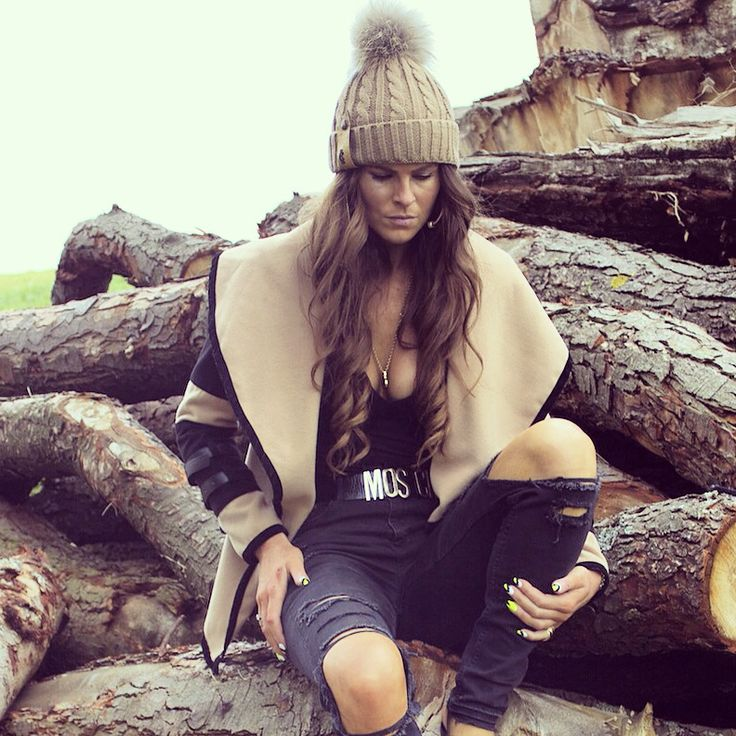 The chunky knit camel bobble hat with Raccoon fur Pom Pom looking stunning on Jade Holland Cooper - available for just £39 www.hollandcooper.com #hollandcooper