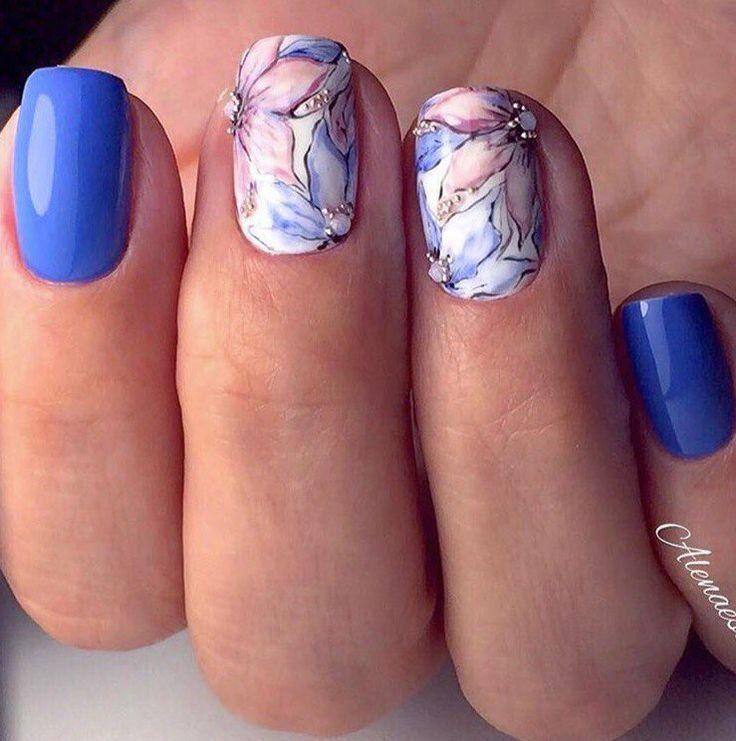 Beautiful nails, flower nail art, Medium nails, Nails with artistic painting…