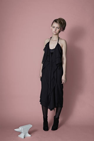 Gravity Dress- black