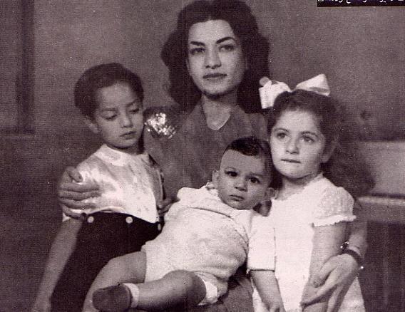 Princess Ashraf Pahlavi.............http://www.pinterest.com/madamepiggymick/arab-royalty-iran/.