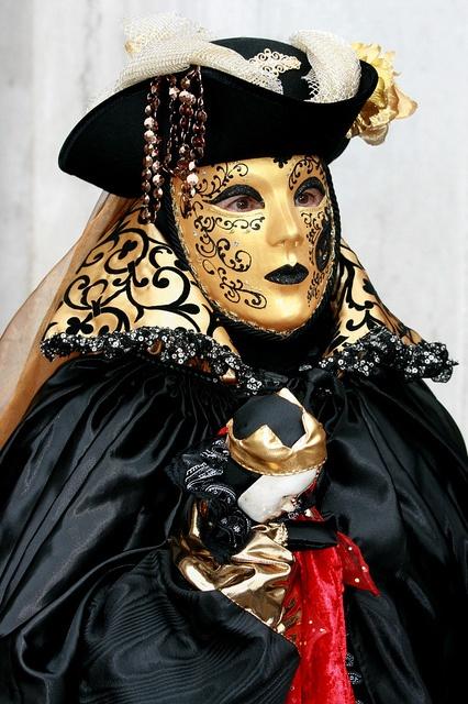 Italy / Carnival in Venice by Rudi Roels, via FlickrMasks Arad, Venice Carnivals, Italy Carnivals, Gras Masks, Rudy Roels, Venetian Carnivals, Masks Erad, Make Up Masks, Carnivals Masks