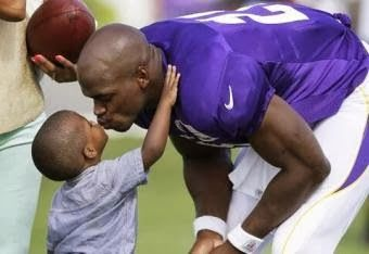 Gecko Bros Radio: RB Adrian Peterson's Son Dies from alleged abuse...