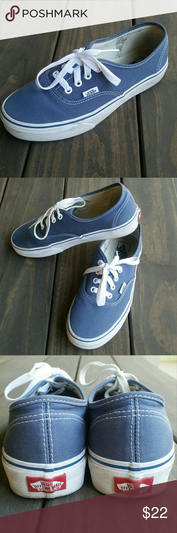 """Vans Authentic Lo Pro Skate Shoe 7.5 Vans """"The Authentic Lo Pro"""", mens 6 womens 7.5.  This sneaker is a simple low top, lace-up with a skate silhouette, has a canvas upper, metal eyelets, Vans flag label and low profile gum waffle sole.   Very good condition, worn maybe 5x in a casual setting (meaning I didn't go skate or do anything active in them). I'm just not really a sneaker girl. Pristine soles. Vans Shoes Athletic Shoes"""