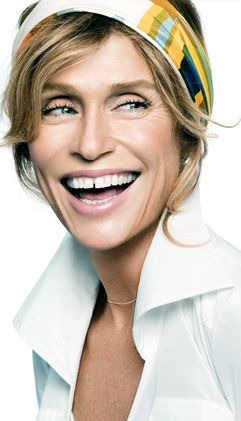 Google Image Result for http://www.talentmanagement.com/assets/wp-uploads/2011/03/Lauren-Hutton-is-the-new-face-of-Mary-Kate-and-Ashley-Olsens-new-clothing-line-1.jpg