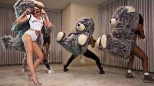 Alguém consegue explicar o que é esse clipe novo da Miley Cyrus?!