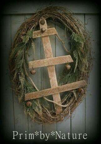 Primitive Christmas Tree Wreath...