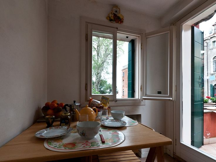 Location vacances appartement Venise: Sunny breakfast!