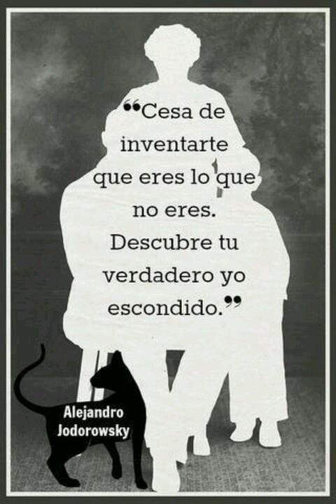 Alejandro Jodorowsky  http://www.casadoroble.com/eventos/manifestacion-del-verdadero-yo