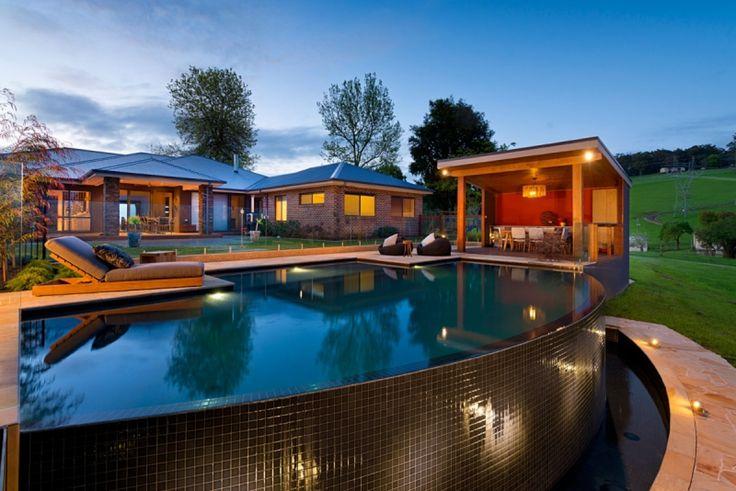Hoddles Creek integrated pool