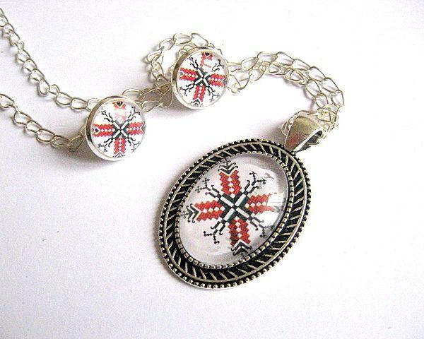 Set argintiu, colier si cercei, model traditional, culori rosu si negru - set motive traditionale