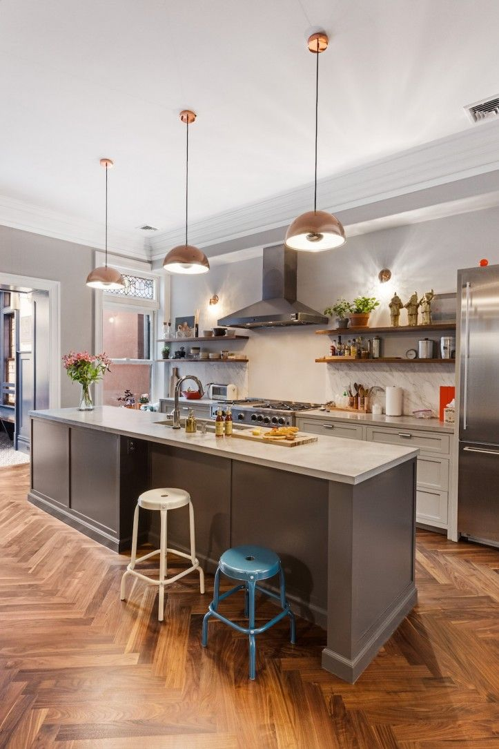 A Brooklyn Brownstone Sets the Right Flow
