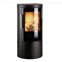 De #Hwam 3640C is voorzien van een strak design waarbij onder de verbrandingskameen mooie deur zit waar een houtvak achter verscholen ligt. Het houtvak kan bijvoorbeeld worden gebruikt om aanmaakgerei in te bewaren zodat u het altijd bij de hand hebt. Net als de andere modellen in de serie, is de Hwam 3640C uitgerust met een geventileerd handvat en een sluitsysteem dat het makkelijker maakt om de deur te openen. #fireplace #fireplaces #houthaard