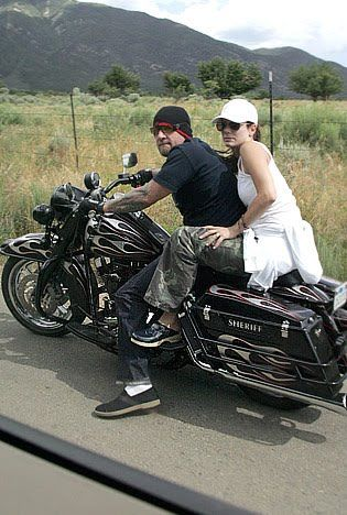 Jesse James Sandra Bullock moto Jesse James si trasferisce a Austin