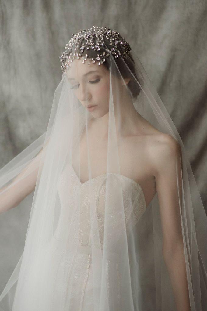 Best 25 long wedding veils ideas on pinterest long for Long veils for wedding dresses