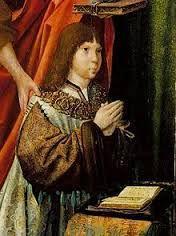 """João III, enquanto Príncipe Herdeiro, no Tríptico dos Infantes; Mestre da Lourinhã, 1516. Nascido em Lisboa, era filho do rei Manuel I de Portugal ...e sua segunda esposa a infanta Maria de Aragão e Castela, tendo ascendido ao trono apenas com dezenove anos de idade.João III (Lisboa, 6 de junho de 1502 – Lisboa, 11 de junho de 1557), apelidado de """"o Piedoso"""" e """"o Colonizador"""", foi o Rei de Portugal e Algarves de 1521 até sua morte."""