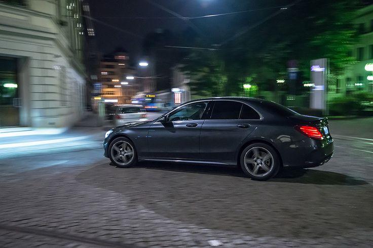 New Mercedes C class (C220) cruising through night #mercedes #amg #Cclass #night #motion see more: http://premiummoto.pl/12/11/mercedes-benz-c220-bluetec-galeria