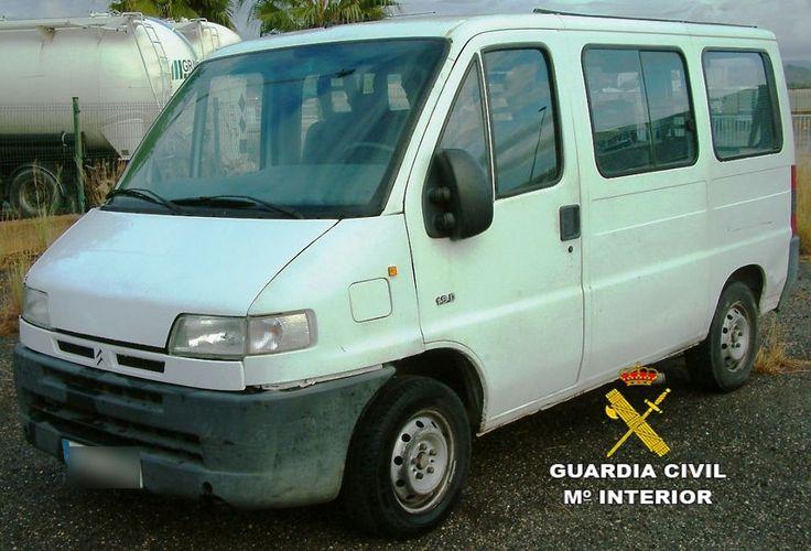 http://www.eltriangulo.es/contenidos/?p=65913 El triángulo » Detenidos en Onda dos hombres de Almassora por comprar un furgón robado