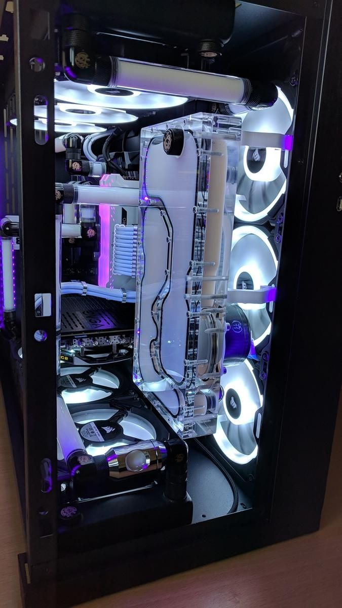 HiResJunky's Completed Build - Core i7-8700K 3 7GHz 6-Core