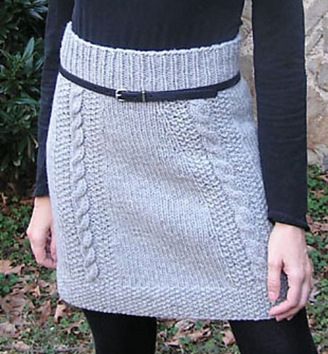 Bryn Mawr Skirt, by Nancy Eiseman. from Interweave Knits Fall 2011.  Finally a cute knit skirt.