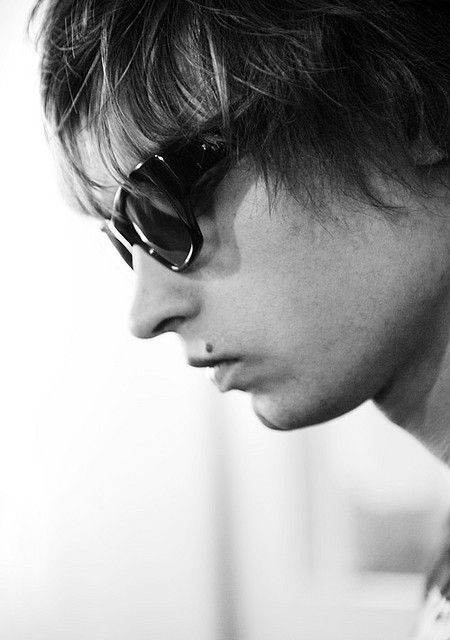 profile portrait of Mando Diao singer Gustaf Norén in black and white