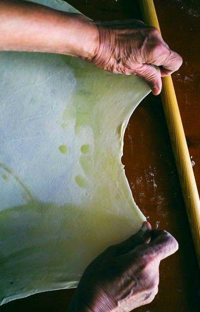 A GREEK MOTHER'S HOMEMADE FILO TUTORIAL [Ottoman Cuisine] [souvlakiforthesoul] [filo, fillo, pete, yufka, phyllo, gollash, jufka, kori za banitsa]