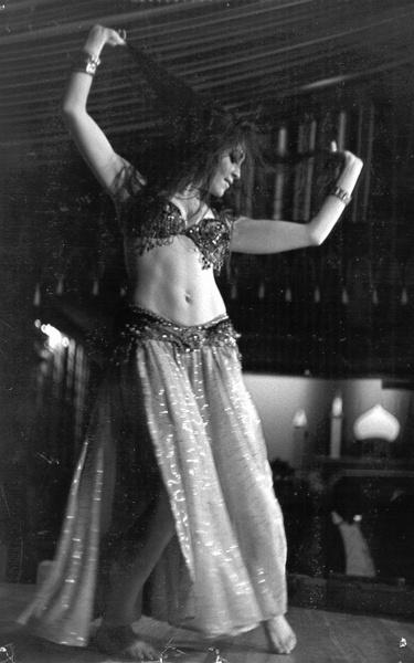 Amina, SF Bay Area dancer 1972(?)