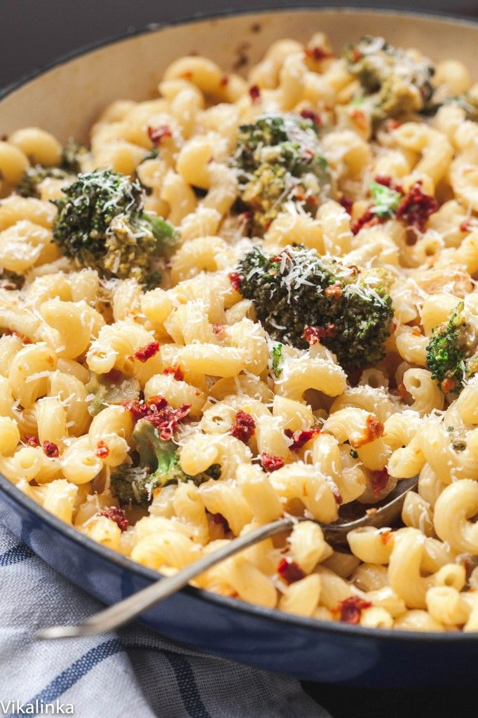 Lean, healthy vegetarian pasta that the whole family will love!