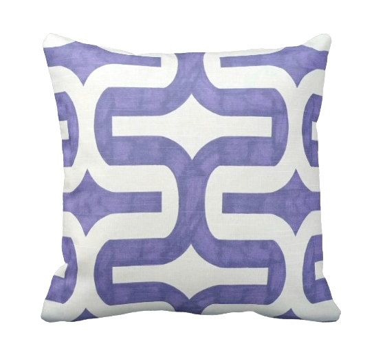 Cute Pillows For Dorm Rooms : 1000+ images about Decor Dorm Room (Purple & Navy) on Pinterest White towels, Navy pillows ...