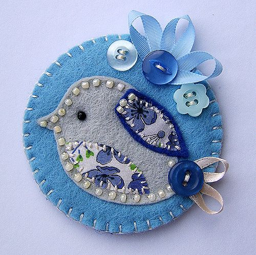 little blue bird brooch by buttercup boutique, via Flickr... would make cute ornament too