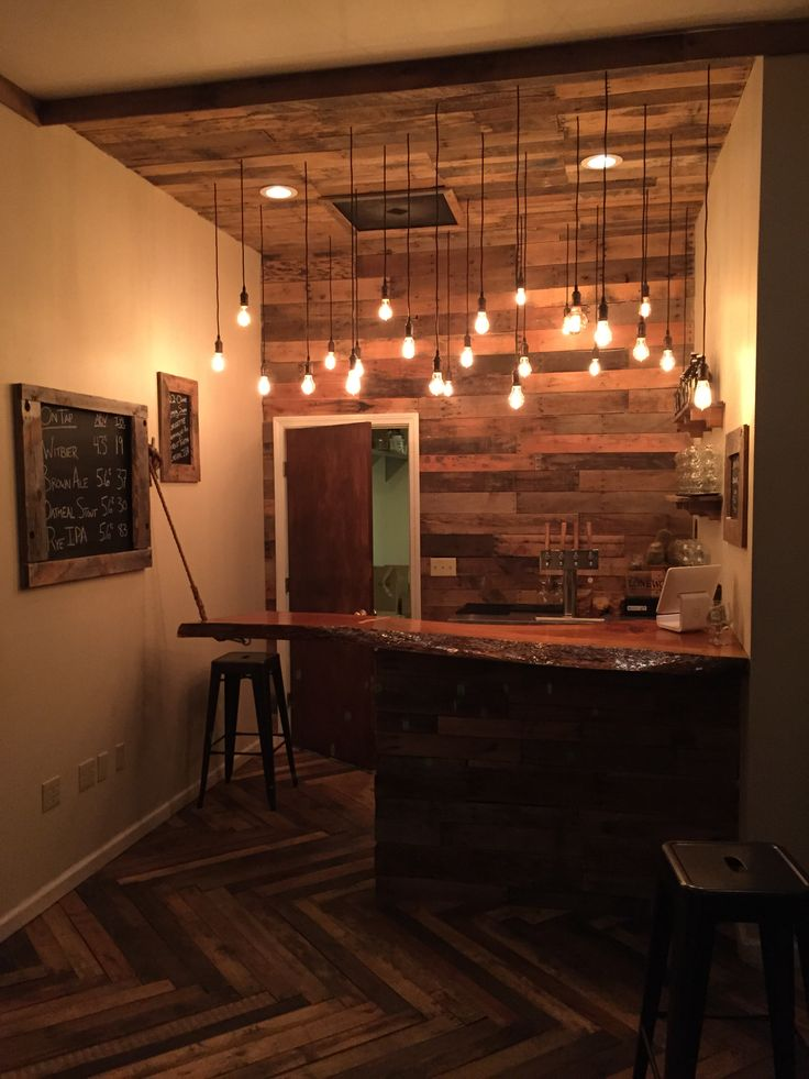 Everything Is Made From Recycled Pallets, Except The Bar Top, Which Is A  Cool