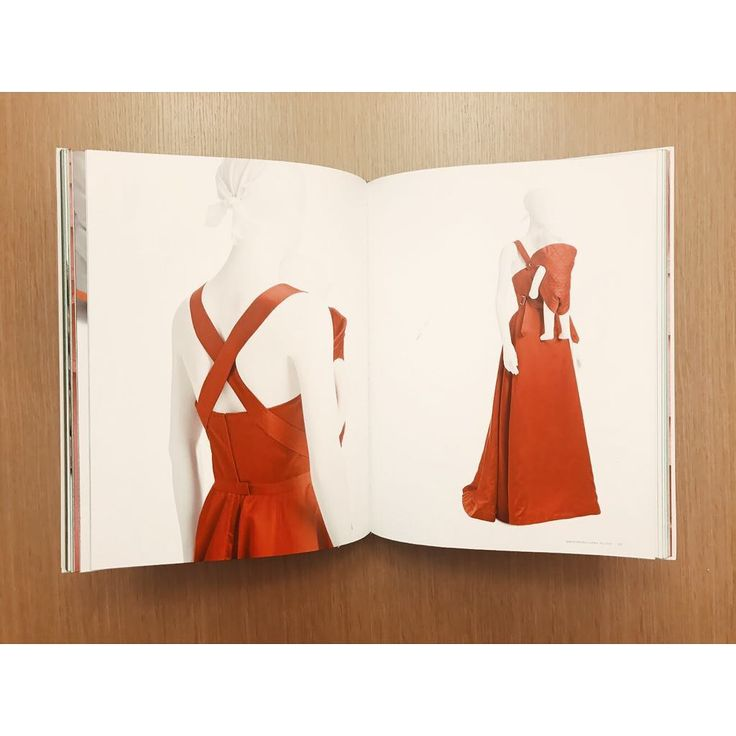 """227 Likes, 4 Comments - The Costume Institute Library (@costumeinstitutelibrary) on Instagram: """"Isaac Mizrahi / Chee Pearlman ; With essays by Lynn Yaeger, Kelly Taxter, Ulrich Lehmann (2016).…"""""""