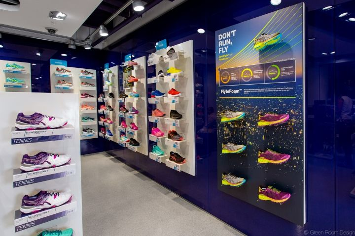 17 best images about displays on pinterest retail store for Green room retail