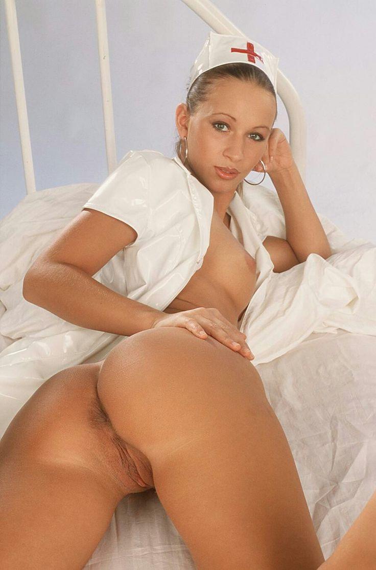 видео медсестры голые