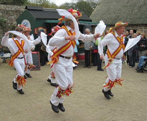 Morris dancers - a good old fashioned tradition!!