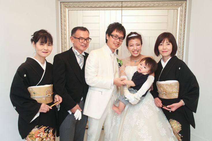 挙式前の家族写真