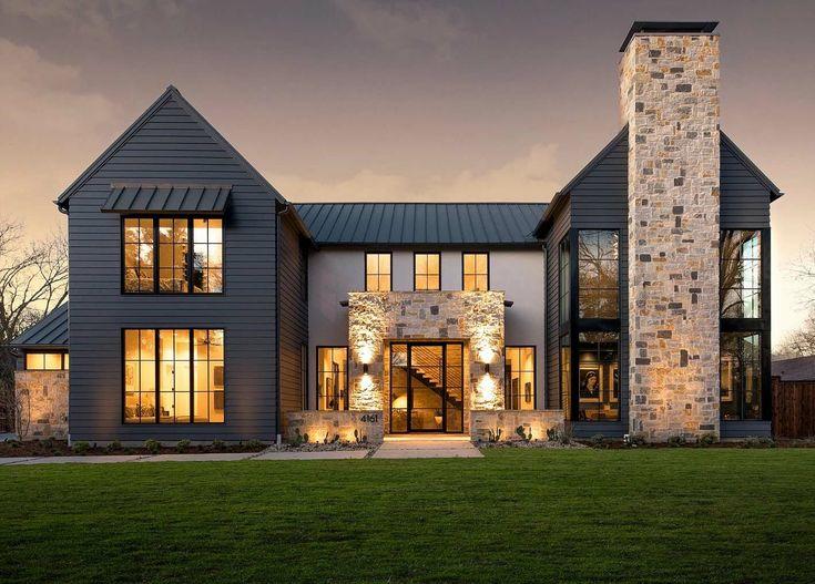 Modernes italienisches Bauernhaus präsentiert atemberaubende Inneneinrichtung in Dallas