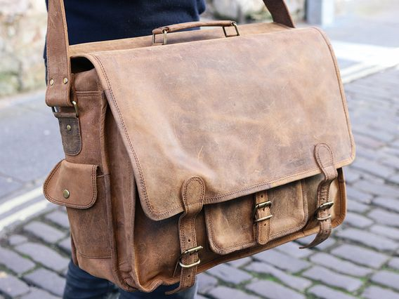bab1289fb4b8 Scaramanga s versatile men s leather Overlander bags are the perfect men s leather  bag for men who have
