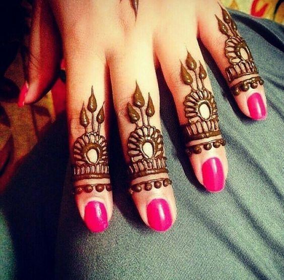 Unique Mehndi Designs For Your Fingertips