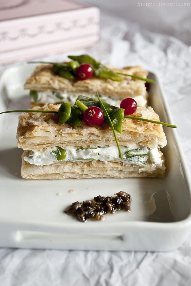 Millefoglie al formaggio di capra fresco (con tartufo) e verdure verdi